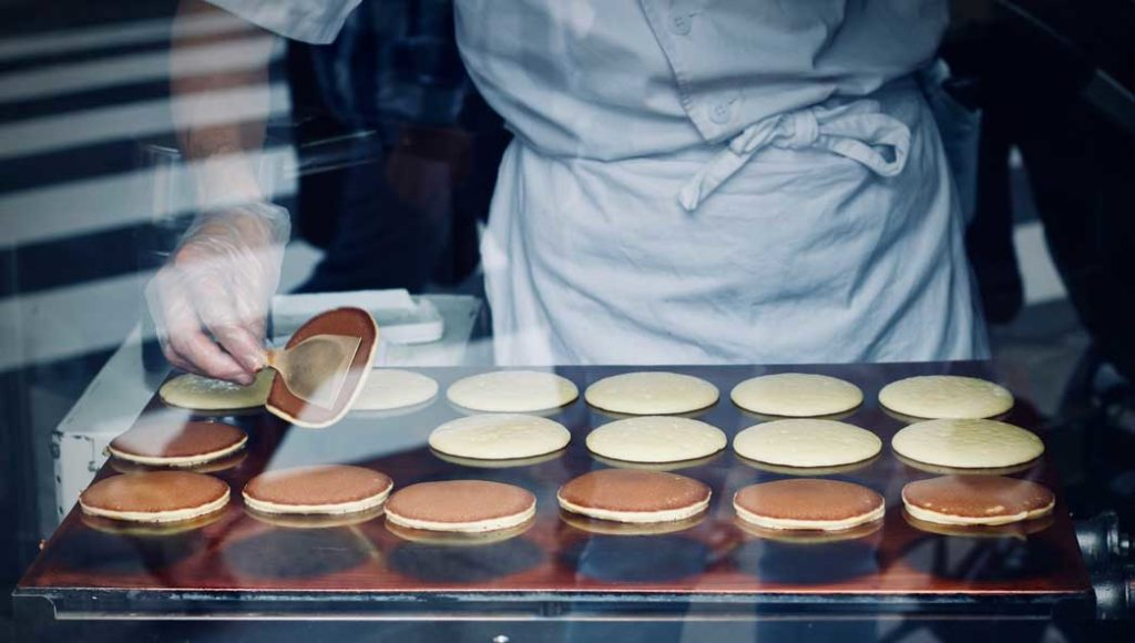 photo of pancakes by Photo by Jelleke Vanooteghem